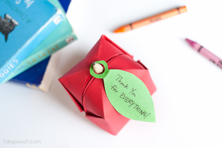 How to make an Origami Apple Box