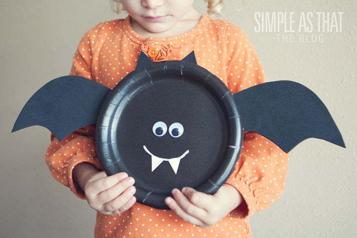 ... ears and finish up with some googly eyes + of course his fangs. Create the rest of your paper plate halloween characters as illustrated above. & Halloween Paper Plate Crafts