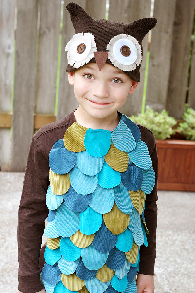 25 simple do it yourself halloween costume ideas owl costume fiskars diy owl costume solutioingenieria Images