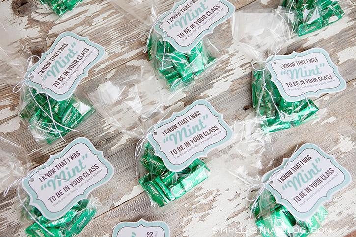 "Mint themed Teacher Gift idea PLUS free printable ""mint to ..."