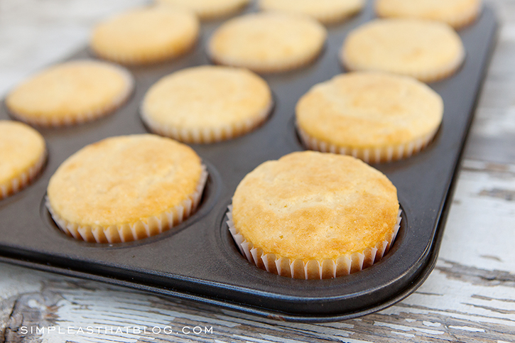 Moist and fluffy cornbread muffins