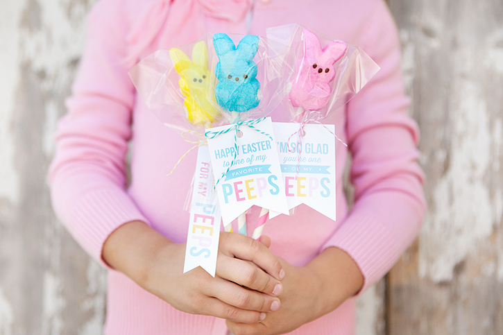 Quick and easy Peeps Pops with free printable gift tags.