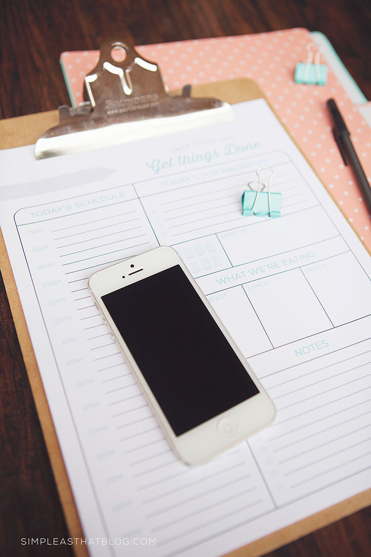 free printable daily to do list and quick tips to make the most of your time