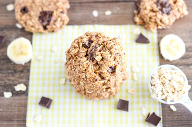 Easy to make Healthy Chocolate Chunk Banana Oatmeal Cookies