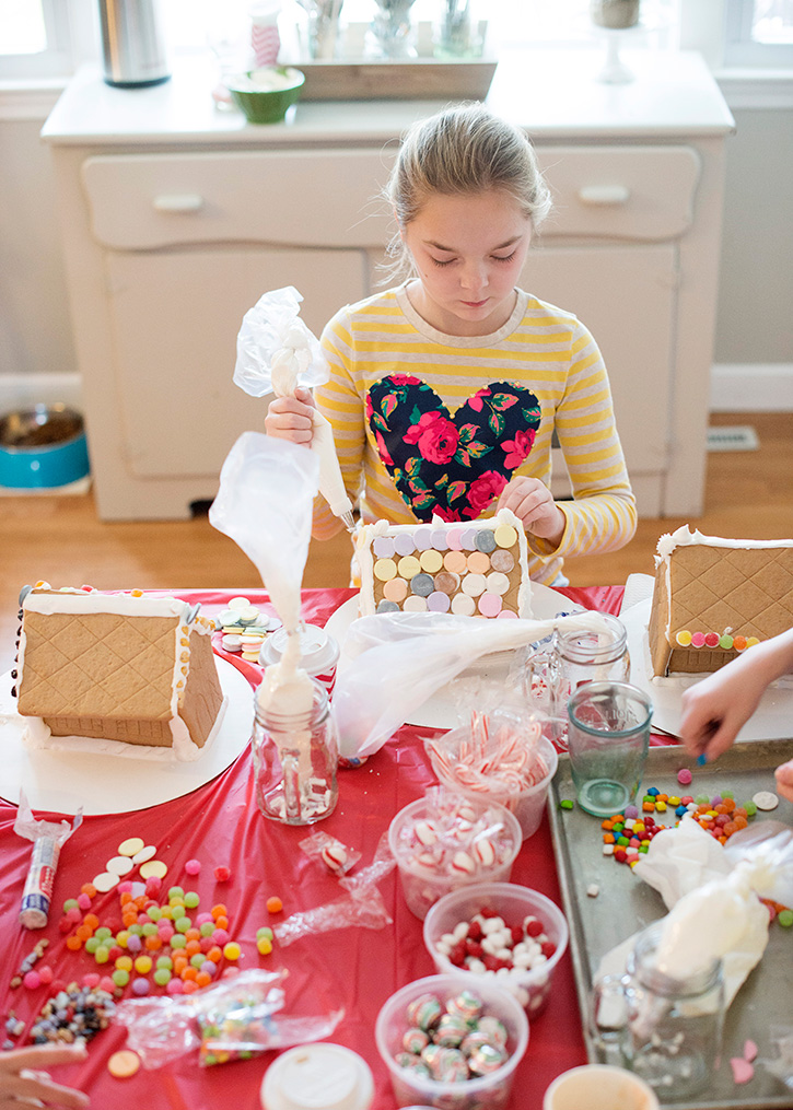Kids Gingerbread House Party
