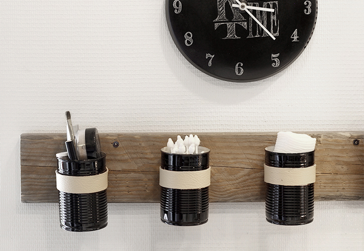 simpleasthatblog_recycled_DIY_tin_can_wall_organizer_05