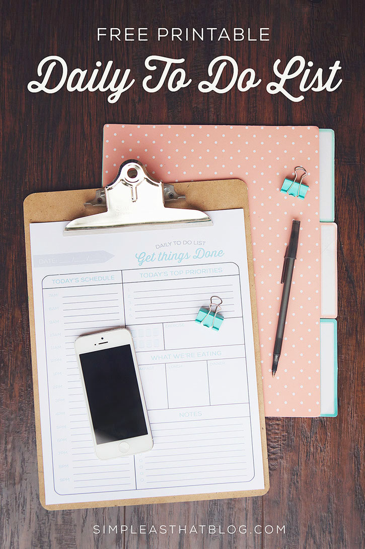 Free printable Daily To Do List plus tips for a more productive day.