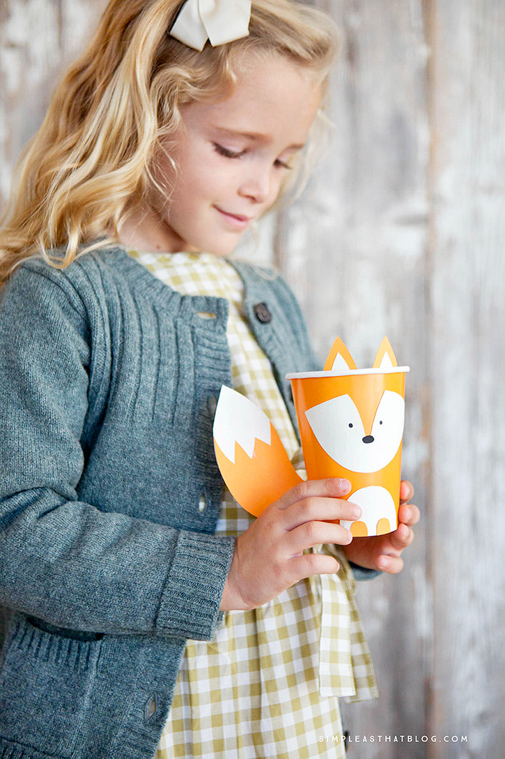 These adorable, budget-friendly creature cups are so fun to make and can be used for anything from classroom parties to decorations for your Thanksgiving table. I hope you enjoy making them as much as we did!