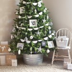 Simple Rustic Christmas Memory Tree