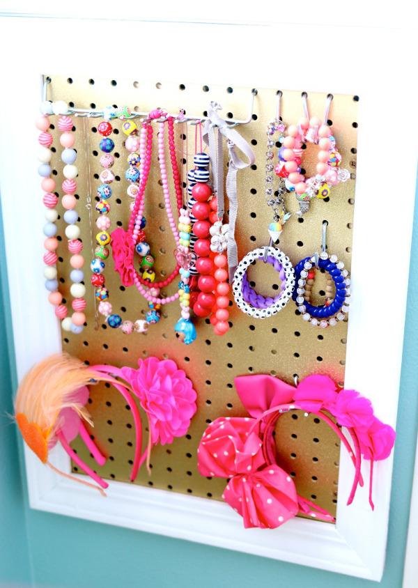 DIY Girl's Jewelry Board