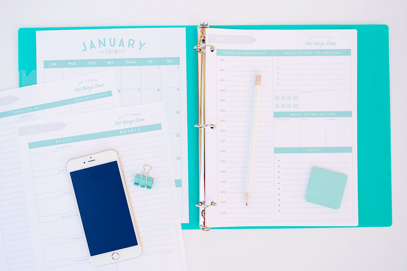 Organizational printables to streamline your to-do lists, your schedule, your meal plans—YOUR LIFE!