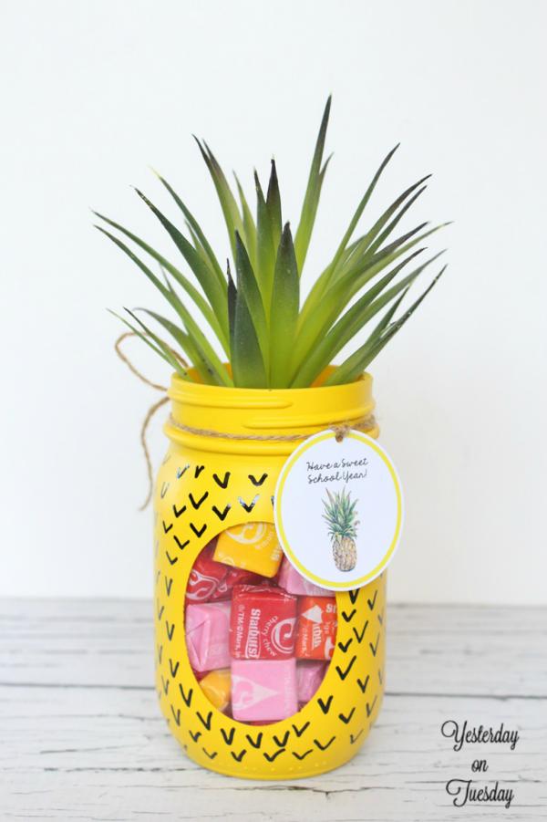 DIY Pineapple Jar Gift