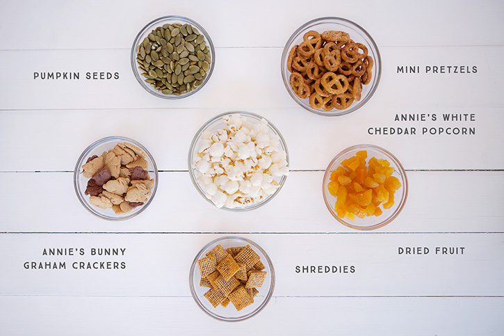 We love to hike as a family and packing quick, healthy snacks with us on the trail is important to me as a mom. This homemade trail mix is great for providing little hikers with the energy they need along with good fats, fibre and protein!