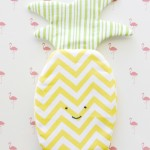 Simple and Sweet Pineapple Zipper Pouch