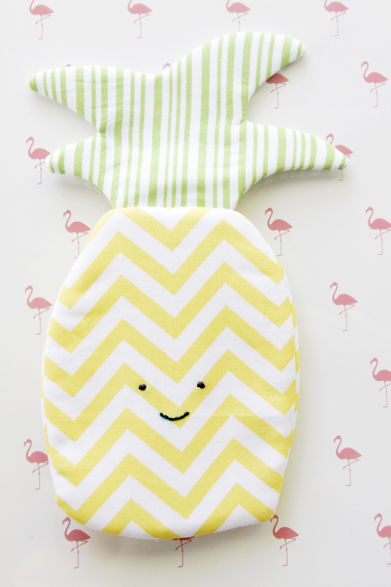 Happy Little Pineapple Zipper Pouch