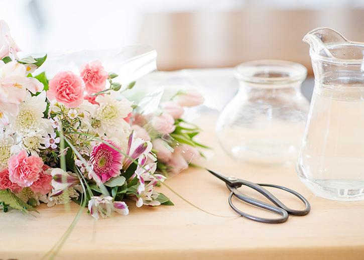 easy fresh flower arrangements