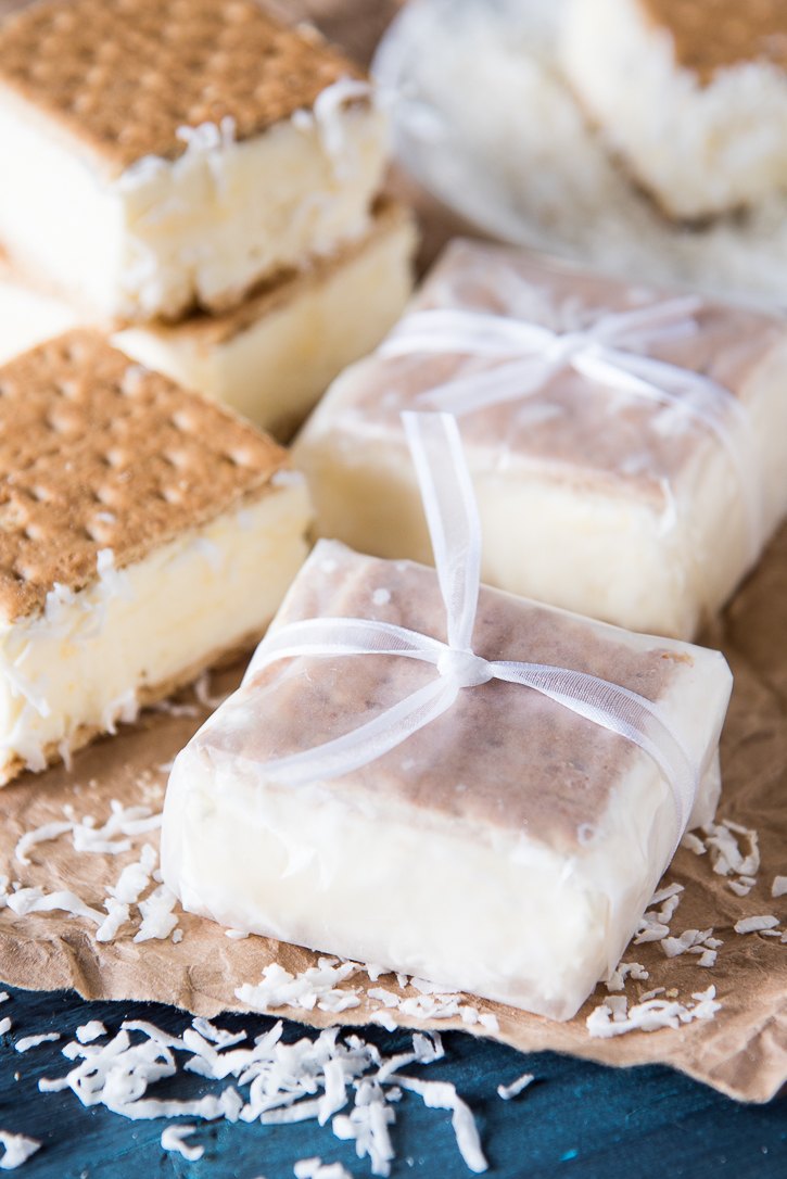 frozen-coconut-pudding-graham-sandwich-11