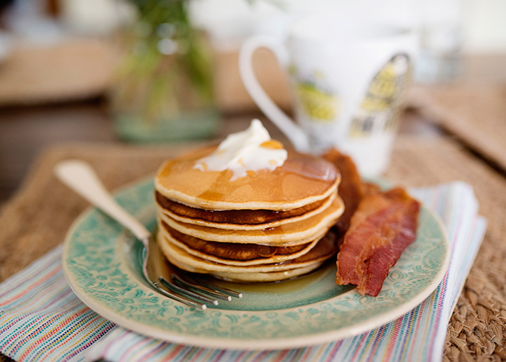sunday-morning-pancakes_21.jpg