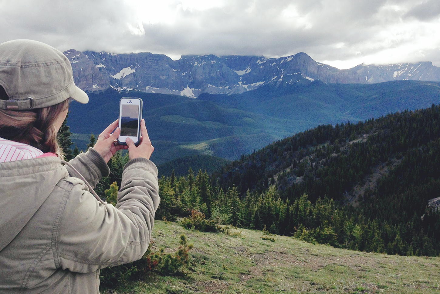 Life proof Phone Case // Essential Outdoor Family Adventure Gear