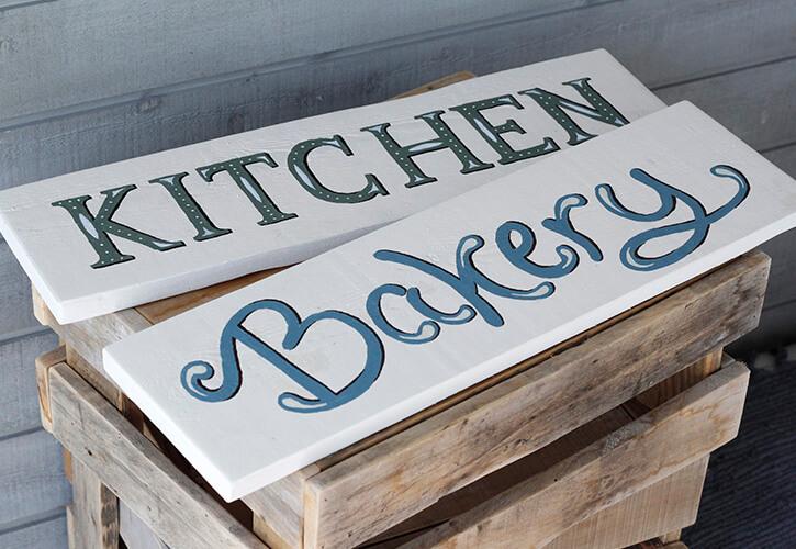 byannika_kitchen_sign_painting