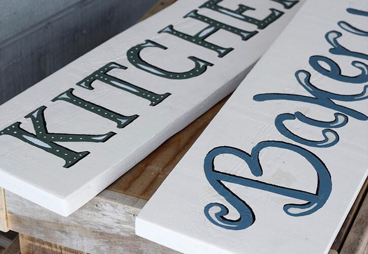 byannika_kitchen_sign_painting_detail