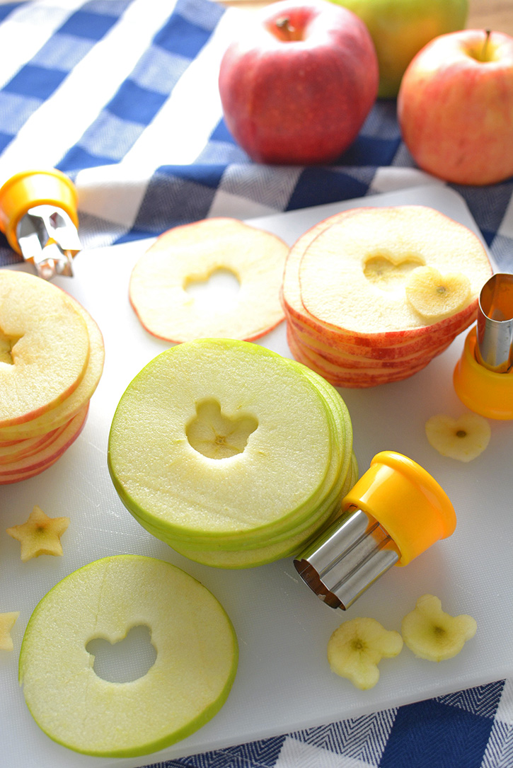 Cutting Apple Slices for Sandwiches