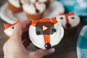Fox cupcakes how-to decorate video.