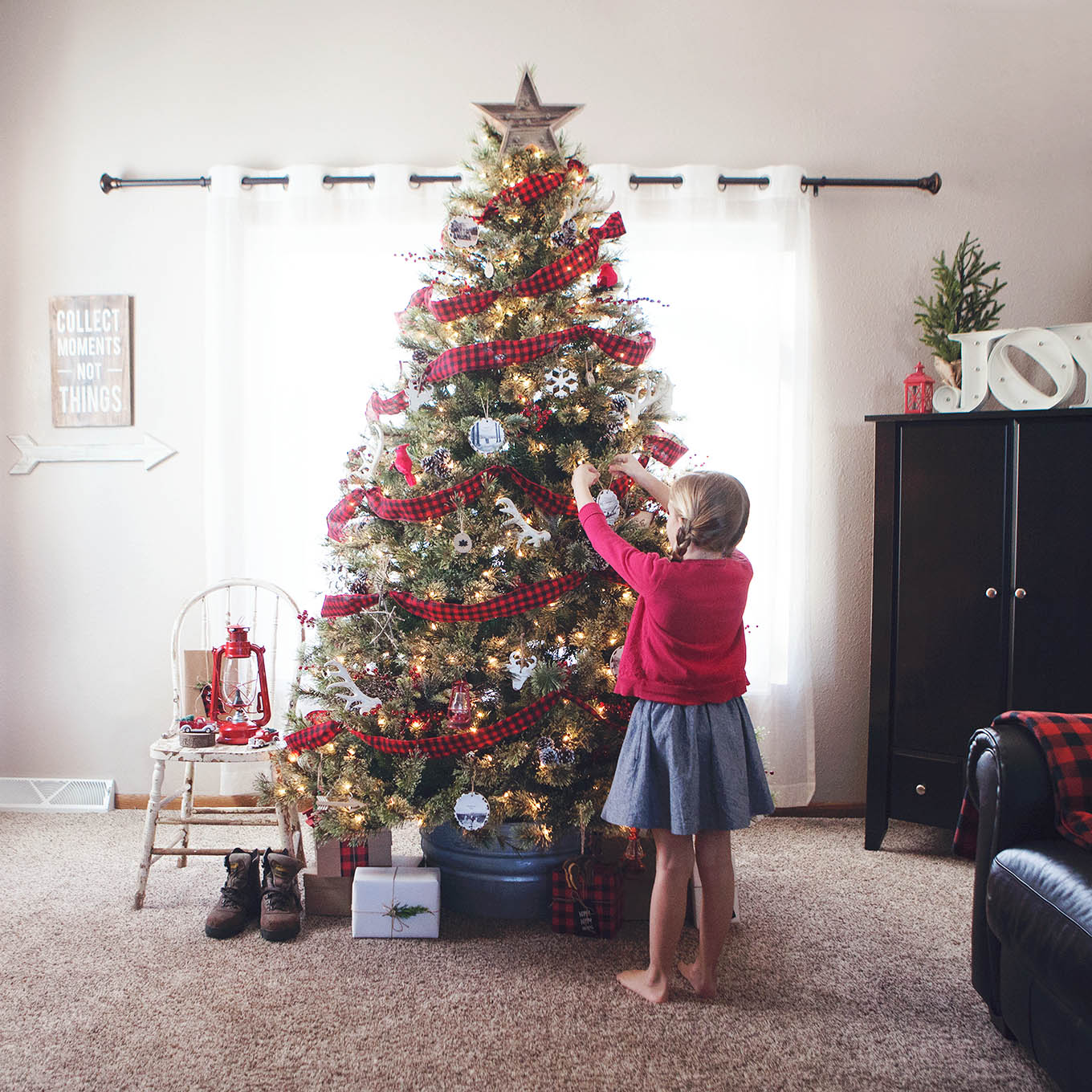 We're celebrating our family's most memorable outdoor adventures with an Outdoor Adventures themed Christmas tree.