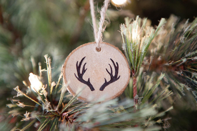 Stupendous Faux Wood Burned Christmas Tree Ornaments Simple As That Easy Diy Christmas Decorations Tissureus
