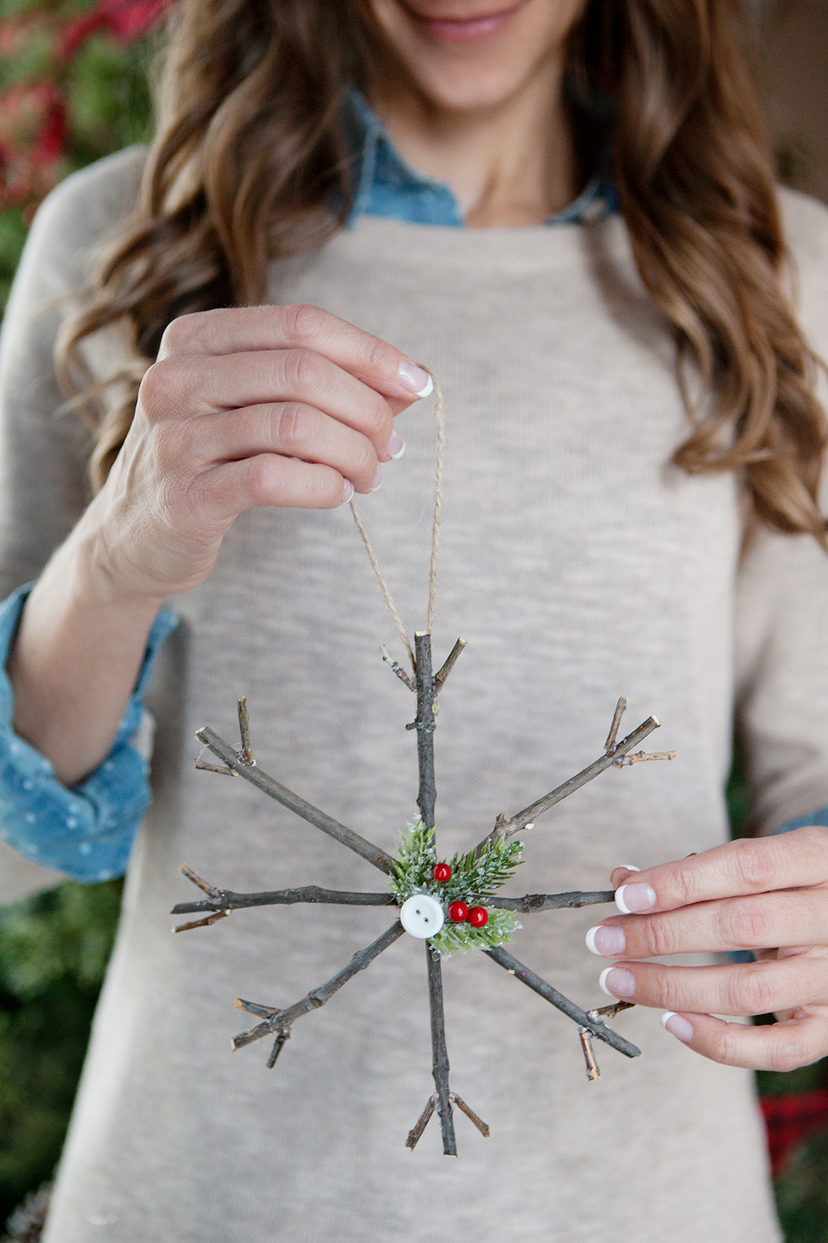 HOW TO MAKE RUSTIC TWIG CHRISTMAS ORNAMENTS
