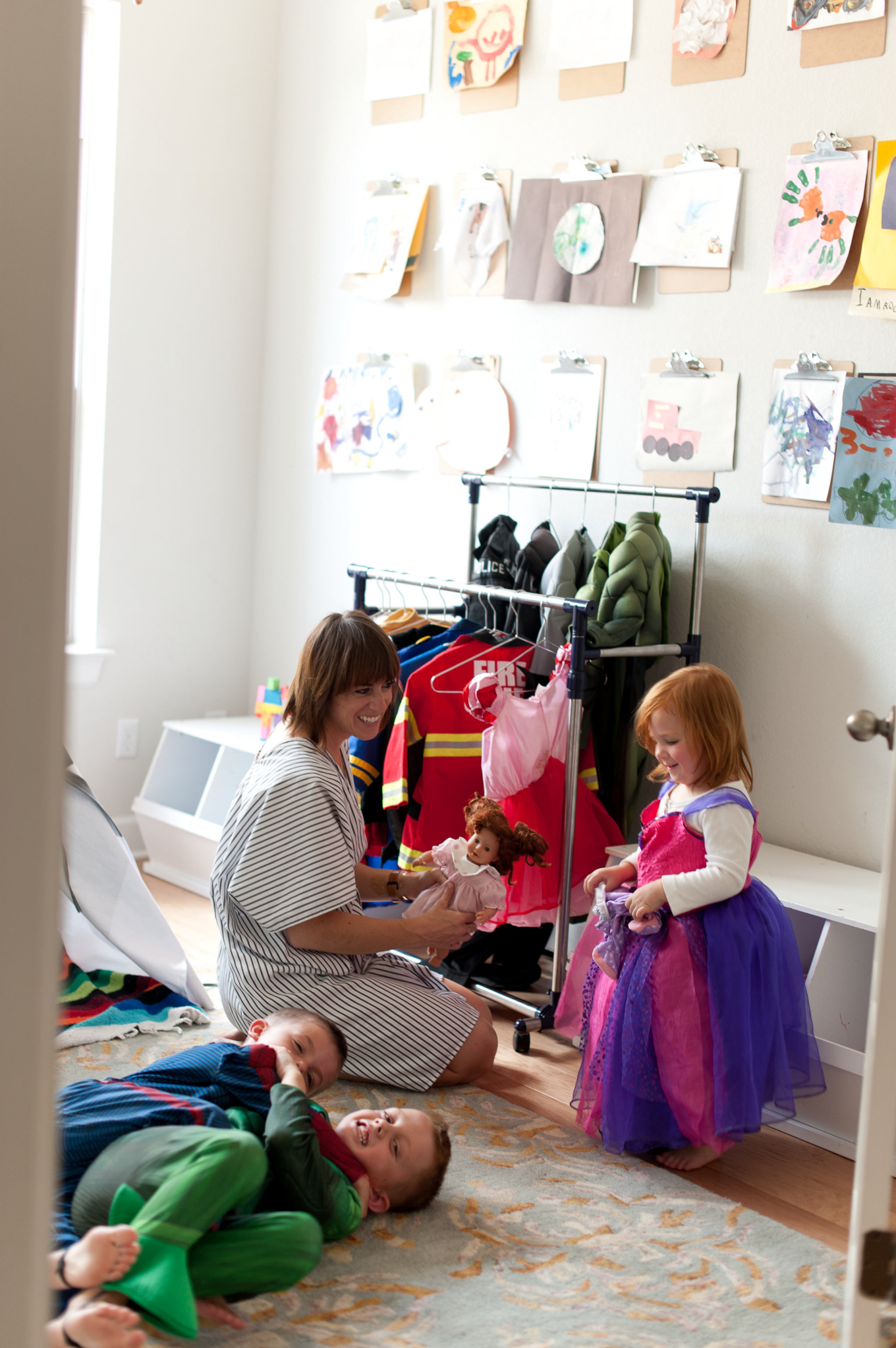 A year without buying anything new? Could you do it? I don't know if I could follow through but I've been so inspired by this family's commitment to a year of without spending. Read more about the reasons they're taking on this challenge and follow along with their story in 2017!