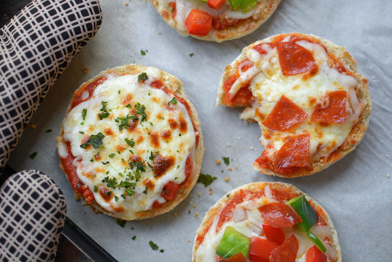 English Muffin Mini Pizzas