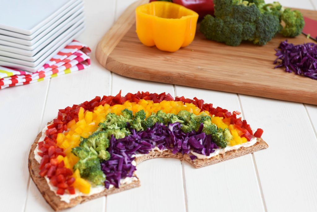 Rainbow Vegetable Pizza - This simple, fresh veggie pizza is the perfect healthy way to celebrate St. Patrick's Day!