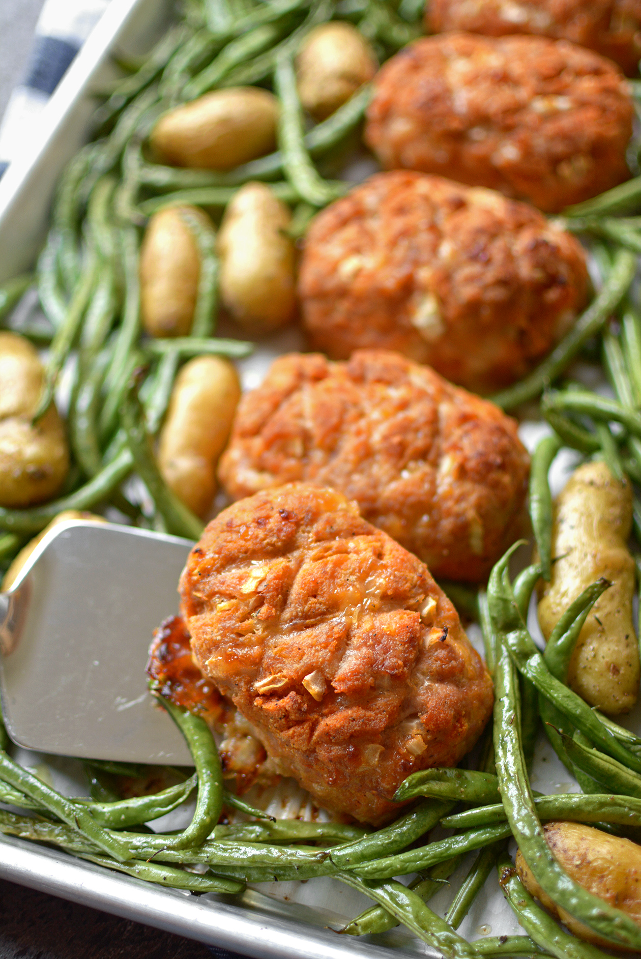 Sheet Pan Mini Turkey Meatloaf Dinner