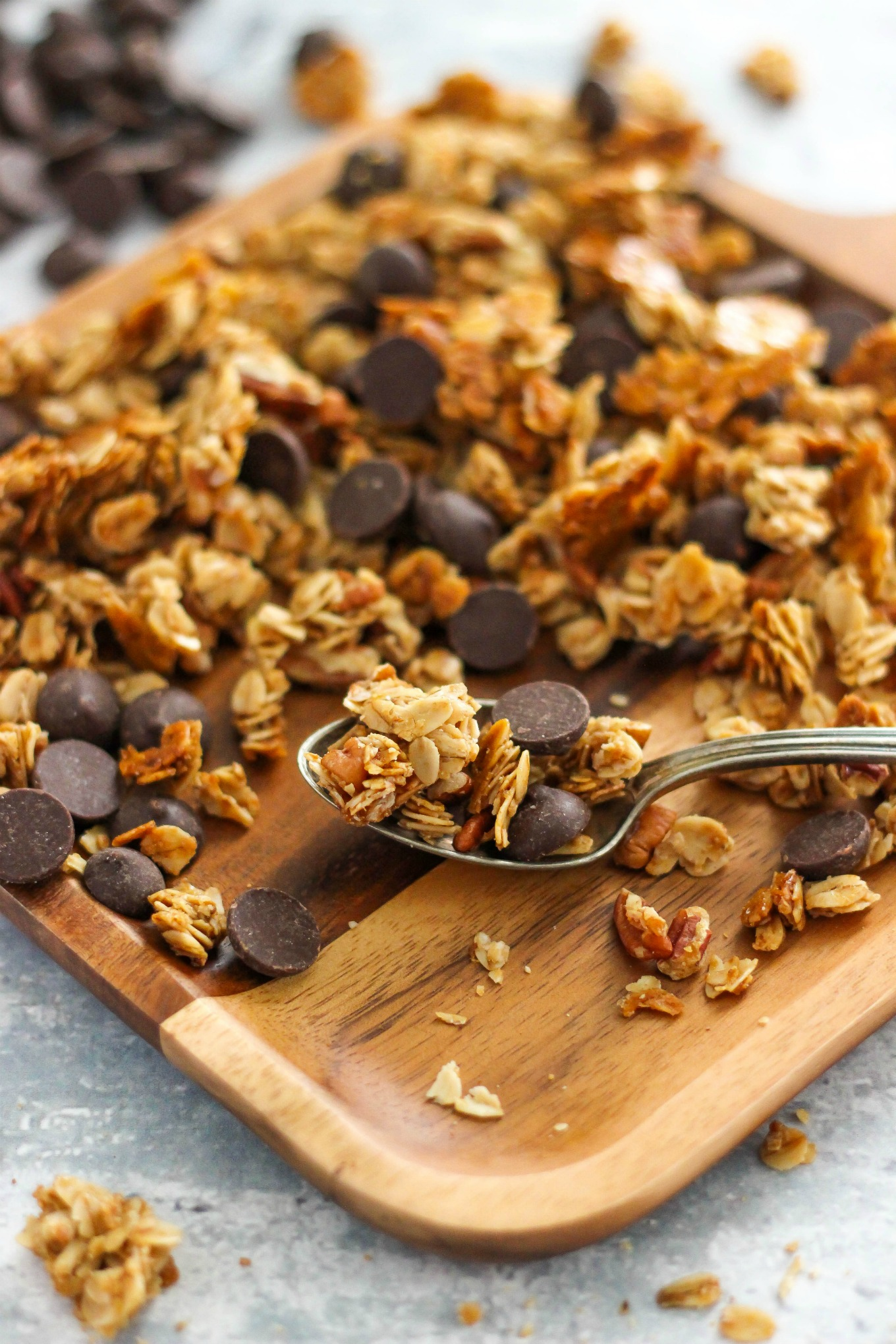 5-Ingredient Chocolate Chip Granola Recipe is an easy and healthy breakfast, snack, or topping option for yogurt and ice cream.