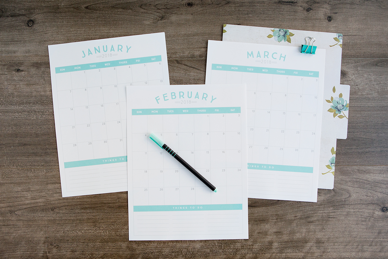 16 DIY Organization Projects: 2018 Free Printable Calendars (Part 1)