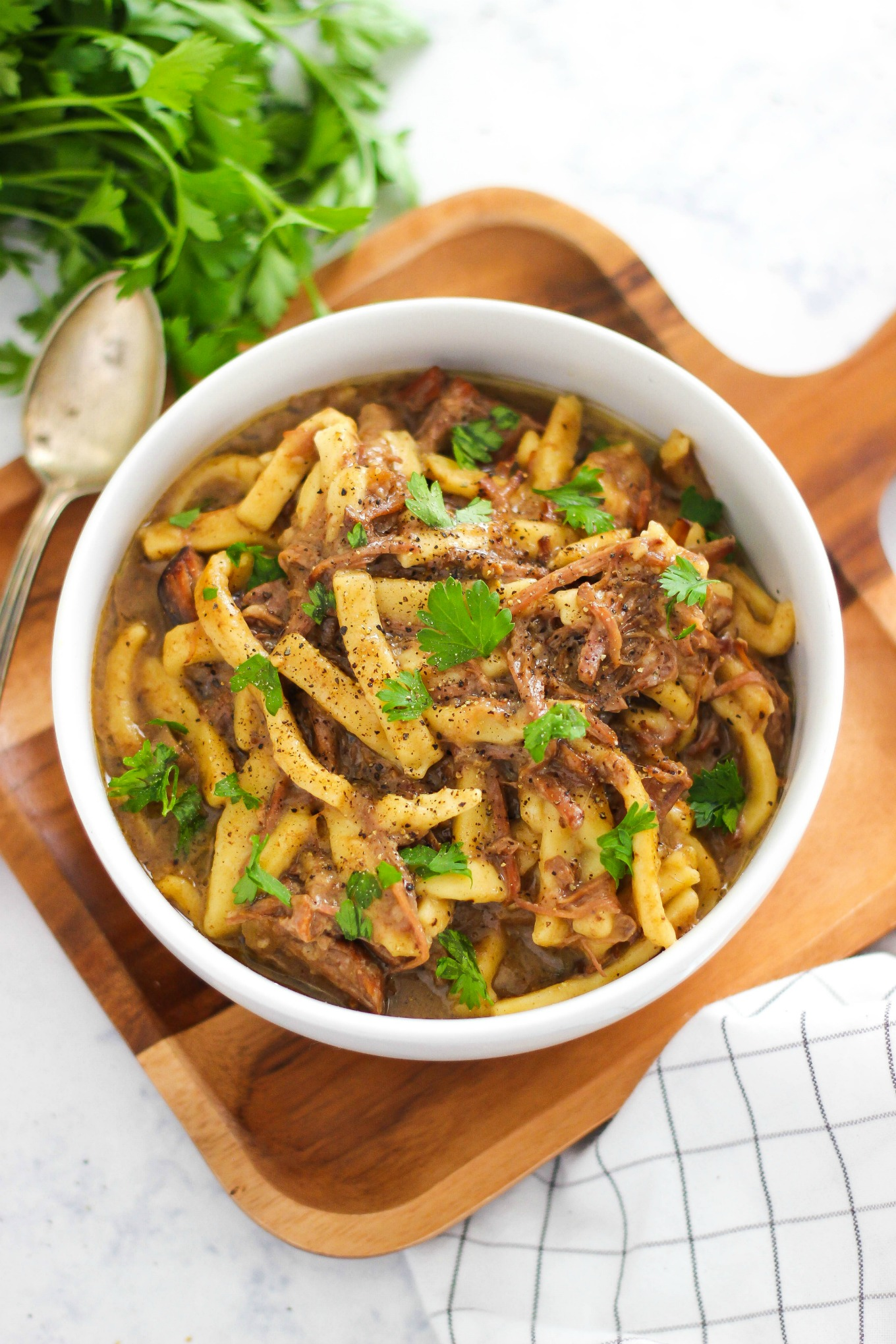 Best Easy Slow Cooker Beef and Noodles