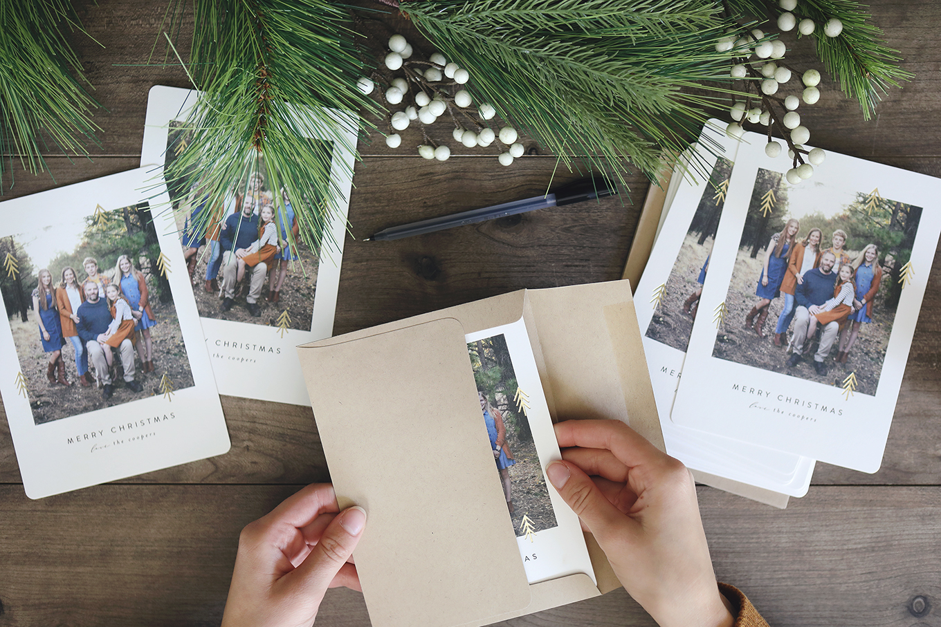 Simple (yet beautiful!) Christmas Cards from Minted